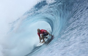 Kelly Slater winning the final of the Billabong Pro Tahiti for the fifth time in his career.