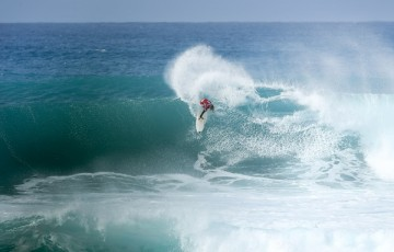 Jesse Mendes placed second in Heat 15 of Round Two at the VANS World Cup of Surfing at Sunst Beach, Hawaii today.