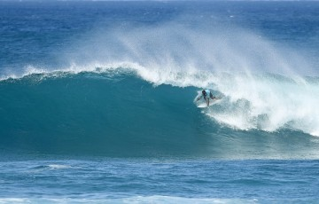 Jadson Andre placed second in Heat 10 of Round Three at the VANS World Cup of Surfing at Sunst Beach, Hawaii today.
