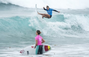 Tania Hinckel of Brasil placed second in Heat 3 of Round Two at the World Junior Championship.